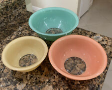 🔥3 Pyrex Vintage Pastel Nesting Mixing Bowls Clear Bottom 322, 323, 325