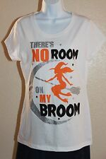 Wound Up SZ XL White Short Sleeve There's No Room On My Broom Halloween t-shirt