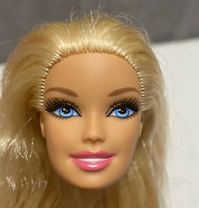 BARBIE DOLL HEAD ONLY FOR REPLACEMENT OR OOAK LONG BLONDE HAIR SHIMMERY MAKEUP