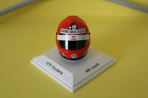 TSM 1:8 SCALE FORMULA 1 MODEL HELMET COLLECTION - NIKI LAUDA - 1976 SCUDERIA