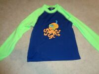 Long Sleeve Swim Shirt Rash Guard Size Boys M