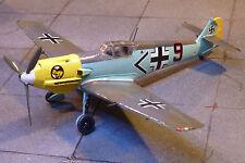 Messerschmitt Bf109E-1 Galland Luftwaffe 1/72 KIT BUILT & terminé pour l'affichage