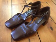 Giorgio Armani Brown Leather T-Strap Womens Dress Shoes Mary Janes Heels 5 35