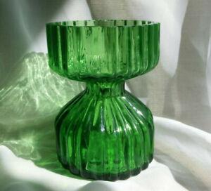VINTAGE WEDGWOOD GREEN GLASS HYACINTH VASE SQUAT RIBBED RONALD STENNETT-WILLSON
