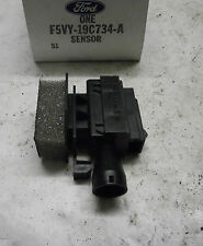 1995 1996 1997 LINCOLN TOWN CAR TEMPERATURE SENSOR  F5VY-19C734-A