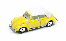 1/64 JOHNNY LIGHTNING CLASSIC GOLD 1B 1975 Super Beetle Convertible in Yellow an