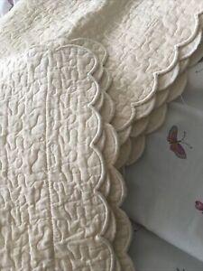 YVES DELORME 2 Pillow Shams Yellow SWIRLS/Scalloped edge FRANCE Euro Square