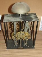 Ancien mécanisme d'horloge Comtoise horloge de parquet horloge à pendule 1970.