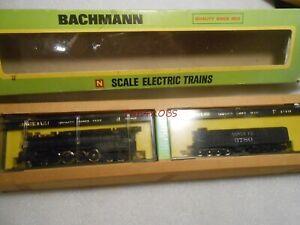 Bachmann Santa Fe Northern 4-8-4 Steam Locomotive & 16 Wheel Tender N Gauge