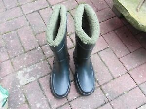 Derri Nu Boot Wellies Green with thermal washable lining size 9 (Fish/Farm)