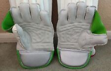 """Protos """"Professional"""" Wicket Keeping Gloves & Pads,Size Men's @ £53 - Top Grade"""