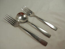 3 Pc Lot Soup Spoon & 2 Forks Accent Glossy Oneidacraft Deluxe Stainless (Loc1)