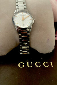 Stunning 💕 Gucci Stainless Steel Woman's Watch Wearable