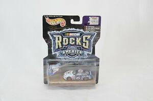 Hot Wheels NASCAR Rocks America No 6 Valvoline Mark Martin Diecast Car Guitar