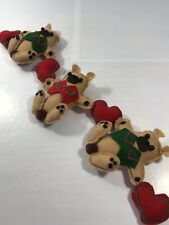 Christmas Holiday Bear Plush Bear Hearts Garland Accent Home Decoration Display