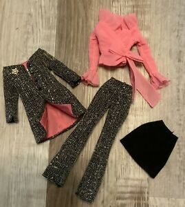 """Barbie Silkstone """"A Model's Life"""" Outfit"""
