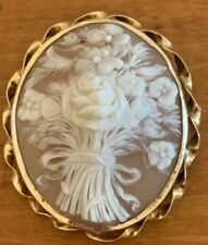 Beautiful Floral Cameo in Gold Frame
