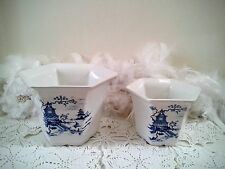 White planters with Blue Willow Royal Winton planters pot with blue willow decor