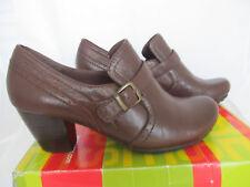 New BareTraps Haydon Heels Booties Brush Brown sz 8.5 M