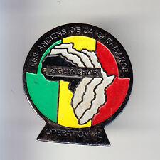 RARE PINS PIN'S .. AUTO CAR RAID AFRICA AFRIQUE CASAMANCE RENAULT 4 4L MALI ~CH