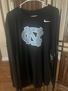 The Nike Tee North Carolina Tar Heels T-Shirt Long Sleeve NC Logo Size XXXL TALL