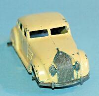 Dinky Toys MECCANO England original #30a CHRYSLER AIRFLOW Streamlined Sedan 1946