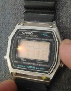 Vintage Casio W-450 Marlin mens watch works for parts / restore