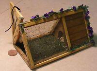 1:12 Scale Empty Wooden Pet Hutch Dolls House Miniature Garden Rabbit Accessory