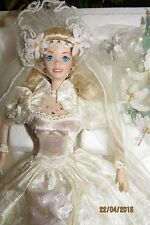 BARBIE PORCELAINE STARLILY STAR LILY BRIDE mariée wedding collection collector