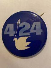 Vintage 1971 4/24 Peace Dove & Olive Branch Anti-Vietnam War Pinback Button