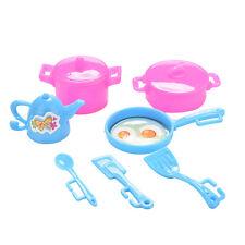 7x Spiel-Haus-Spielwaren-Puppe Plastikplastikwaren gesetzt für Barbies-Puppen
