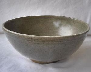 Fine Large Antique 15/16th c. Thai Sawankhaloke Celedon Green Glazed Deep Bowl