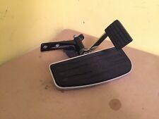 Yamaha Royal Star Tour Deluxe XVZ13CT 06 04-13 Right Floorboard & Brake Pedal