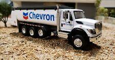 1/64 2018 IH International Workstar Tanker Fuel Truck SD TruckGREENLIGHT Chevron