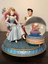 "Disney CINDERELLA & PRINCE CHARMING ""Glass Slipper"" musical snowglobe"