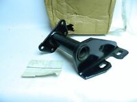 New OEM Ford Heavy Truck 1986 Camshaft Bracket Kit
