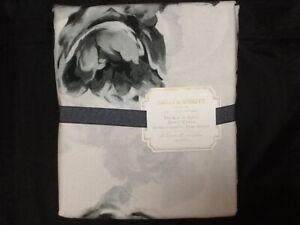 POTTERY BARN TEEN EMILY&MERITT BED OF ROSES DUVET  FULL/QUEEN BLACK/WHITE NEW