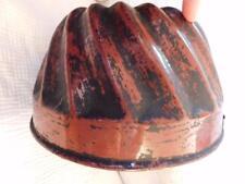 ANTIQUE CAKE BUNDT PAN GREY MOTTLED GRANITEWARE interior RED ENAMELWARE exterior