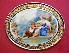 AR271*) Vintage gold tone Cameo Romantic Fragonard Lovers Brooch