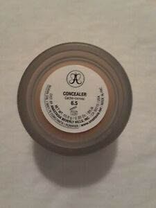 Anastasia Beverly Hills Concealer, shade 6.5 Brand New in Box