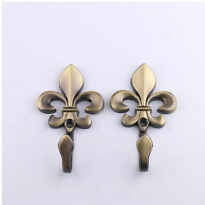 2x Fleur De Lis Curtain Hooks Zinc Alloy Electroplating Holder Home Window Deco
