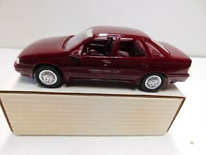 1989 FORD TAURUS SHO PROMO MODEL  CURRANT RED 1.24 NEW IN THE BOX