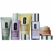 Clinique Daily Essentials 5 Piece Set Normal / Combination Skin Travel Pack