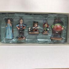 Disney Store Pinocchio Sketchbook Ornaments Set. New.