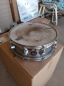 Vintage DW Chrome Snare in excellent condition Black Badge