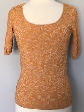 Dana Buchman Stretch Knit Top Textured Leaf Print Orange Short Sleeve Sz M EUC