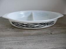 Pyrex Divided Casserole Dish Black & White Barbed Wire Stars Vtg 1 1/2 quart #11