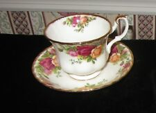 1962 Royal Albert OLD COUNTRY ROSES Footed Cup & Saucer Set AVON SHAPE Vintage