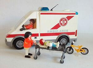 Playmobil Krankenwagen Rettungstransporter mit viel Zubehör und Blaulicht 4221