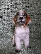 "5"" x 6"" Ceramic Setter Dog - Soulful eyes - Brown on white fur - black paws"